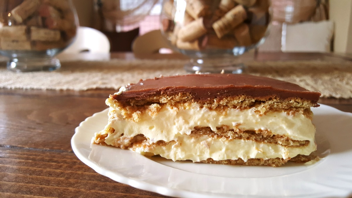 chocolate icebox cake chocolate eclair icebox cake live from julie s house 2877